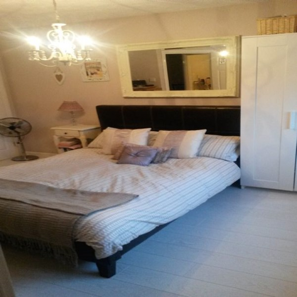 Rent my 1 bed Room, West London, United kingdom during Rugby World Cup