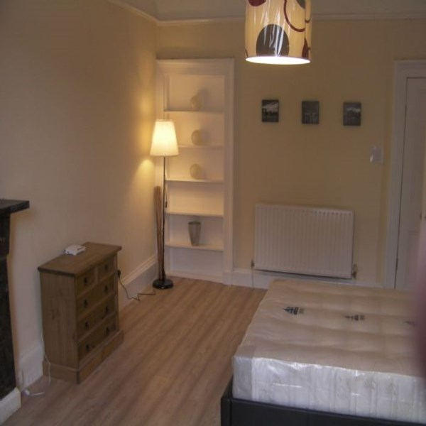Rent my 11 bed Flat, Central Glasgow, United kingdom during Commonwealth Games Glasgow 2014