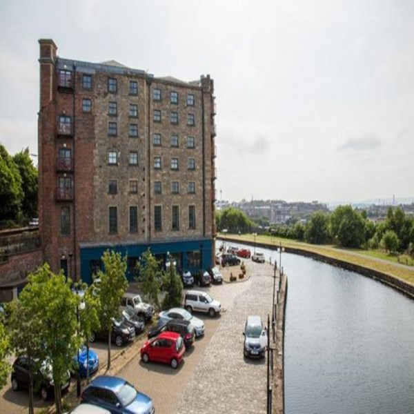 Rent my 3 bed Apartment, Central Glasgow, United kingdom during Commonwealth Games