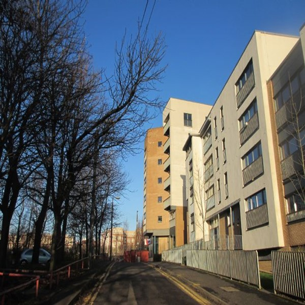 Rent my 2 bed Flat, East Glasgow, United kingdom during Commonwealth Games